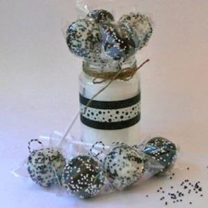 Cakepops black and white