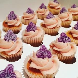minicupcakes violetas